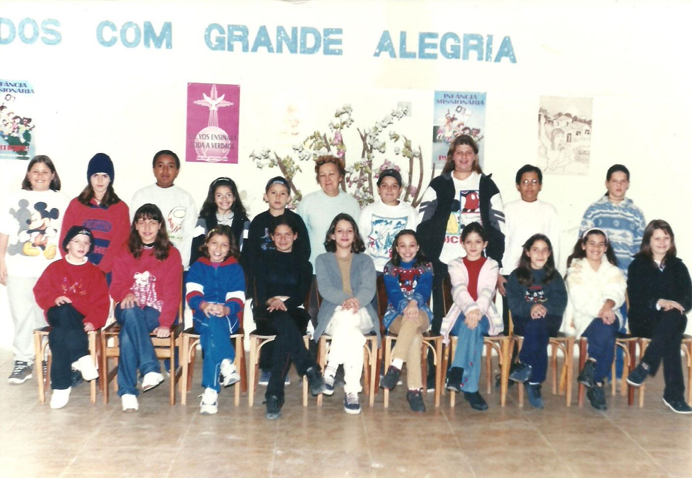 1999 - turma de catequese da Leda