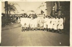 1949_a_1950_-_Pe._José_Caruso_-_Filhas_de_Maria_(4)