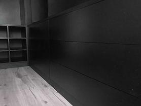 dressing-valchromat-noir-tiroirs.jpg