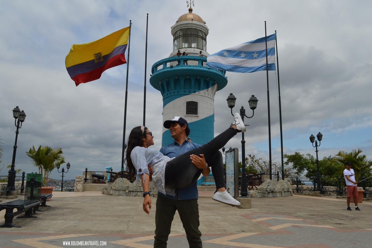 Faro de Guayaquil en Cerro Santa Ana