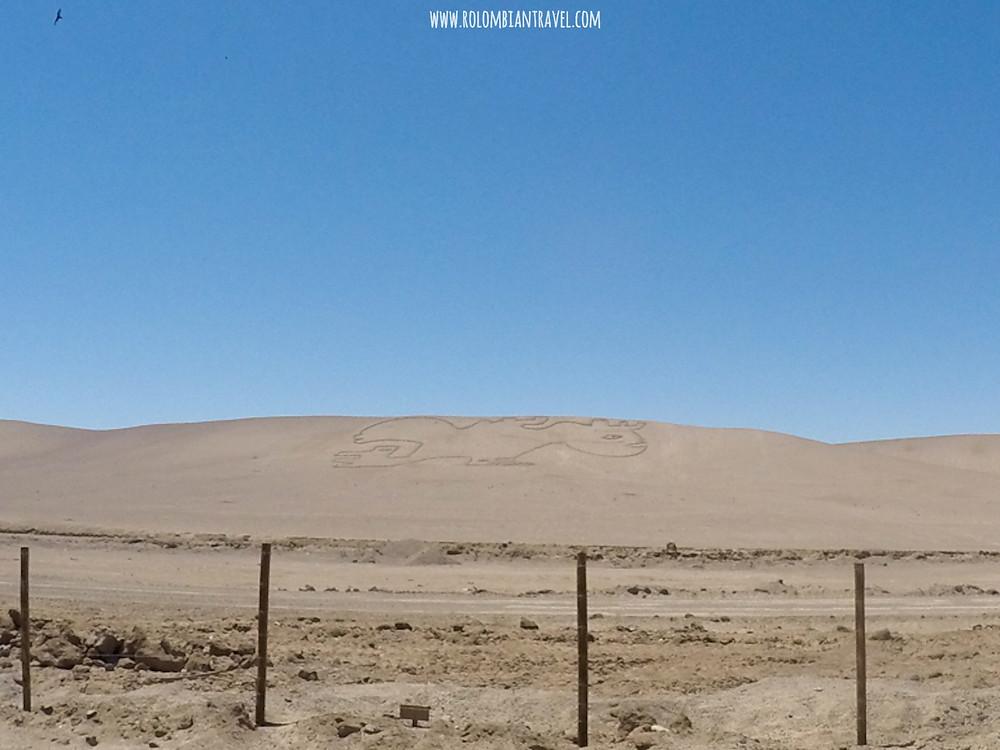 Figuras en el Desierto de Atacama, norte de Chile