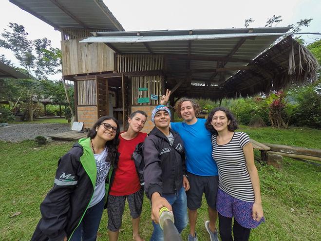 Camping Maracumbo Outdoor Lodge en Mompiche, Ecuador