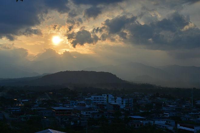 Atardecer en Tena, Ecuador