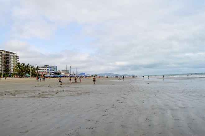 Playa de Tonsupa en Ecuador Ruta del Spondylus