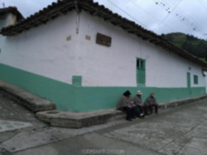 lugareños enruanados en el cocuy boyaca