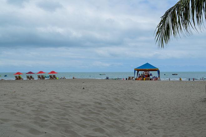 Playa de Atacames en Ecuador Ruta del Spondylus