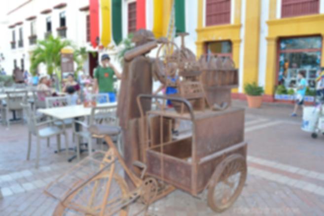calle guatape antioquia