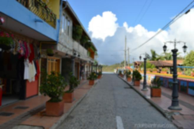 calles en guatape
