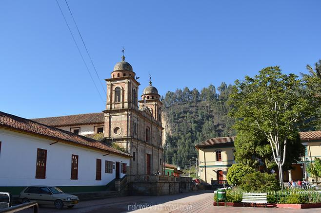 Plaza principal de Nemocón