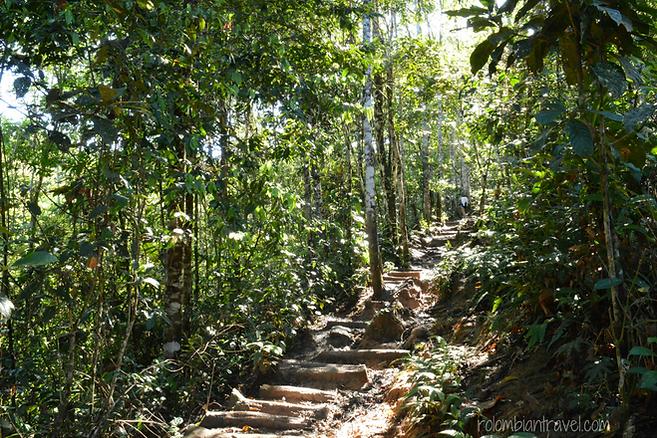 camino a cascada fin del mundo putumayo
