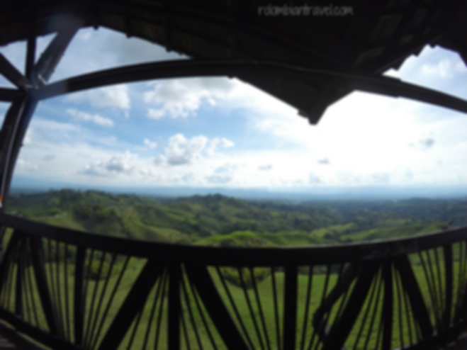vista desde el mirador colina iluminada en filandia quindio