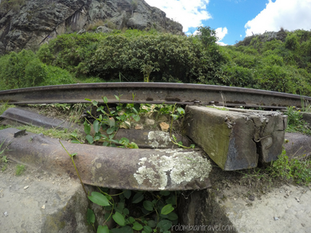 Vía férrea en Rocas de Suesca