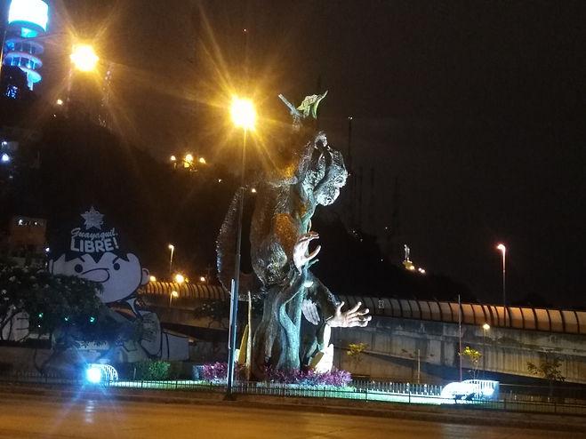 Estatua de los monos en Guayaquil, Ecuador
