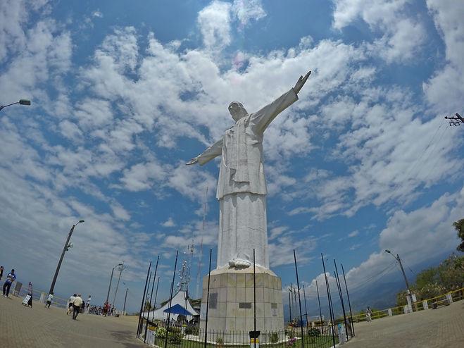 Monumento a Cristo Rey en Cali, Valle del Cauca, Colombia