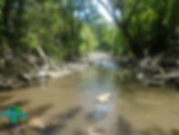 Río Villeta en el recorrido al Salto de los micos en Villeta, Cundinamarca