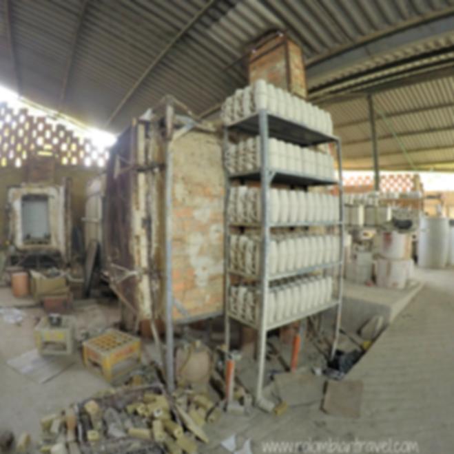 Fábrica de artesanías en Ráquira, Boyacá
