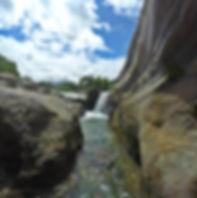 Jacuzzis naturales en el Cañón del río Güejar, Lejanías