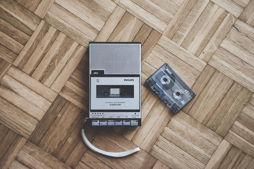 Tape recorder & cassette tape
