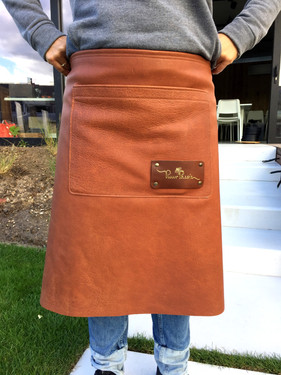 Hip apron with label/logo