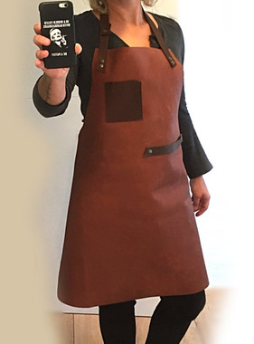 Apron with chest pocket