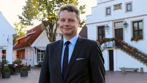 Bund fördert Sanierung der Eissporthalle Nordhorn und Neubau des Hallenbades in Haren (Ems)