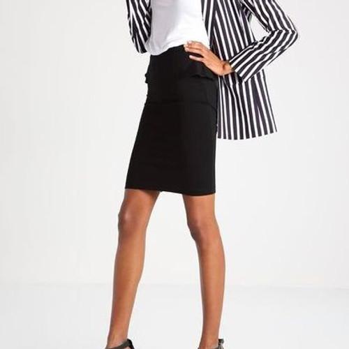 юбка-полусолнце с нижней юбкой