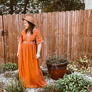 Roolee Dress & Amazon Hat