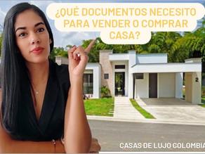 ¿Qué documentos necesito para vender o comprar una casa?