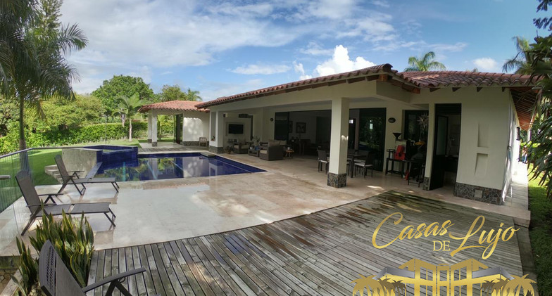 Casa campestre en venta en Cerritos Pereira