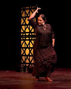Flamenco dancing in Al Andalusi - Flamenco Borealis