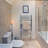 Meadow Cottage - Bathroom.jpg