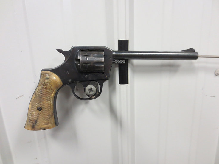 H&R 922 .22lr Single-Action Revolver