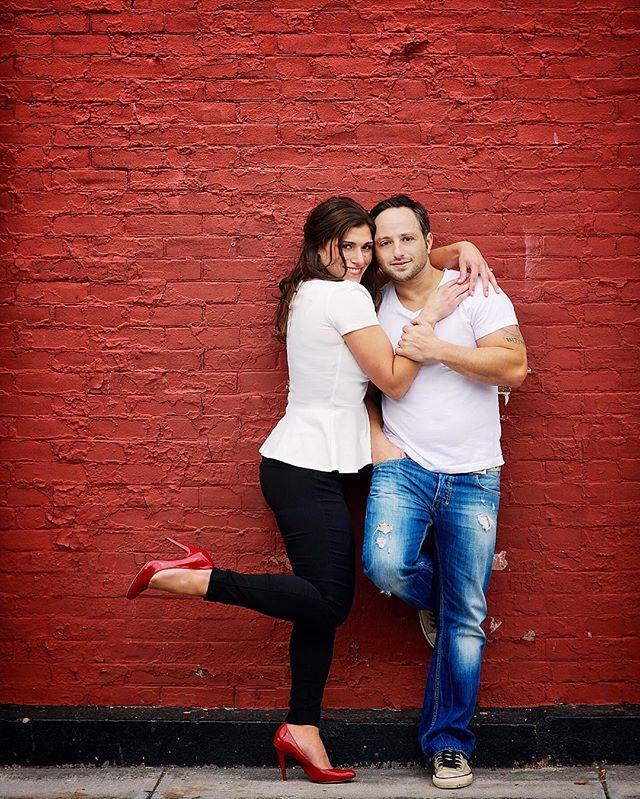 #twelfthnightphoto #twelfthnightphotography #engagementphotos #red #nyweddingphotographer #liwedding