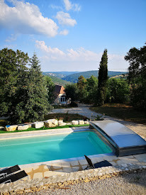 La Grange et la piscine