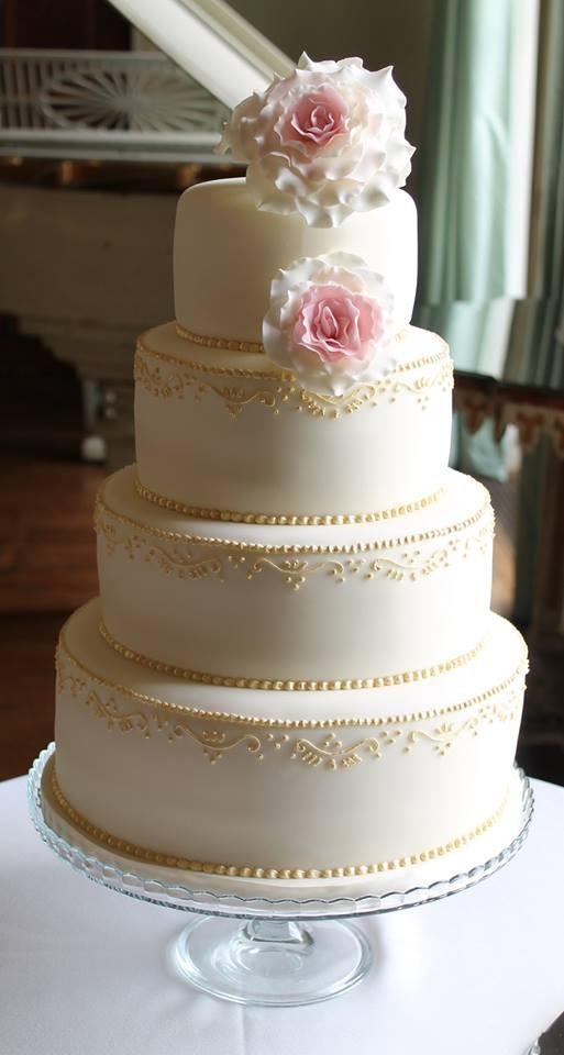 Ruth Wedding Cake
