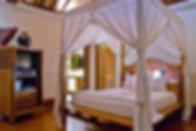 Pangi gita - Bedroom 1 master.jpg