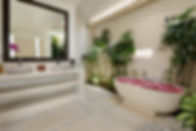 Villa Kyah - Ensuite bathroom.jpg