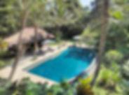 4. Villa Alamanda - Overview of pool are