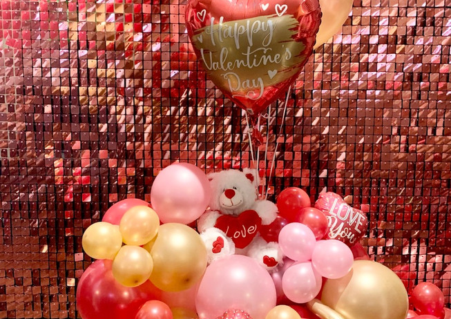 VDay Balloon Bouquet (option a).jpg