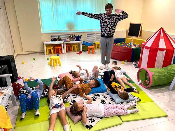 Пижамная вечеринка в лофте.jpg