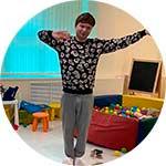Ведущий на пижамную вечеринку.jpg
