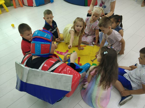 Оптимус Прайм и дети
