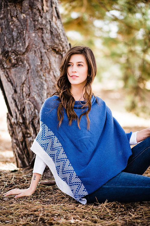 Park Poncho in Navy