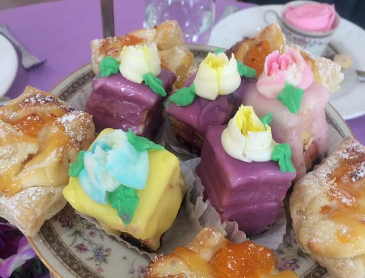 Pastries & Petit Fours