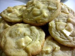 Acadamia Nut (Macadamia Nut Cookie)