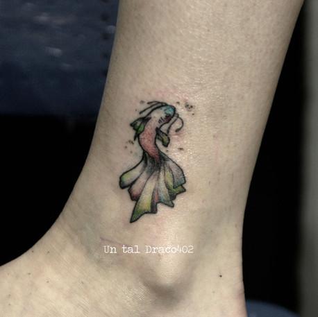 Tatuajes minimalistas de animales e ilustraciones