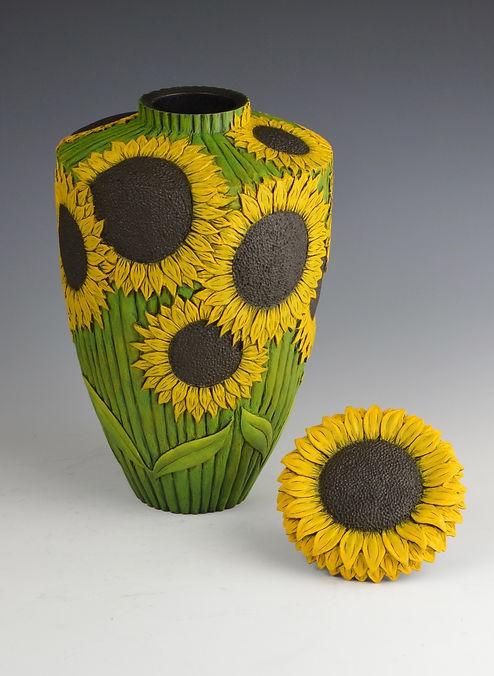 Sunflower vase 2s.jpg