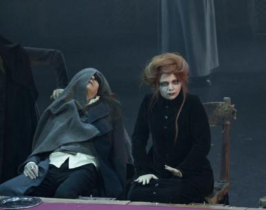 "Александра Стрельцина в спектакле ""Ричард III"""