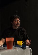 Михаил Цитриняк на репетиции спектакля «Семейный ужин в половине второго», фото: Елизавета Бузова