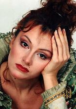 Марина Есипенко. Фотография с репетиции спектакля «Стакан воды», 1988 год